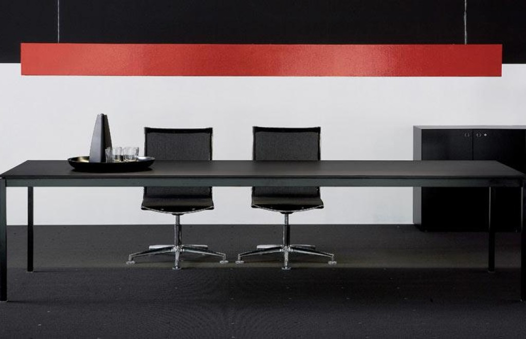 Scrivanie e tavoli da riunione in stile moderno e classico - Geo Arreda